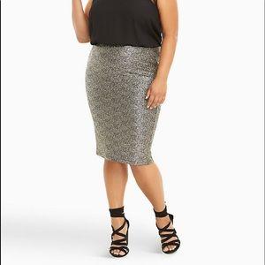 Torrid   metallic pencil skirt size 1